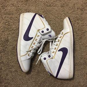 Nike high cut shoes